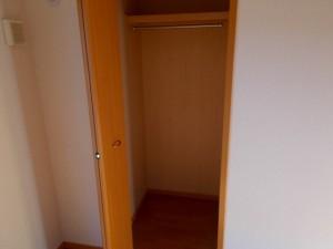 洋室南(6畳)収納