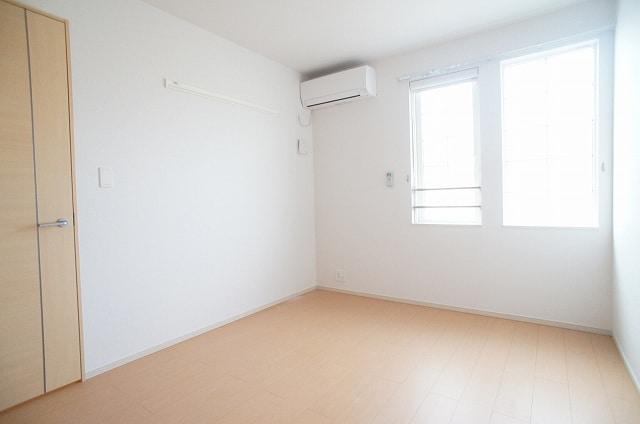 洋室(6.0畳)北