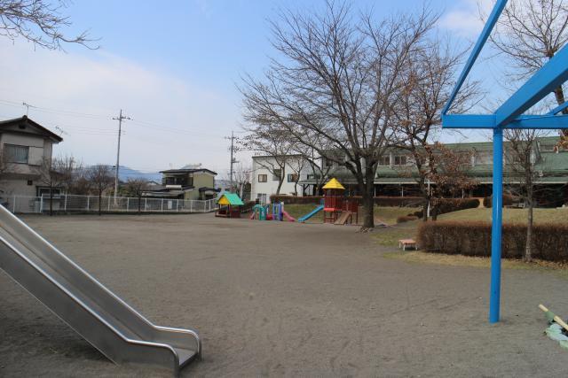 沼田南保育園 701m