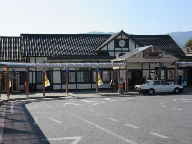 JR沼田駅640m