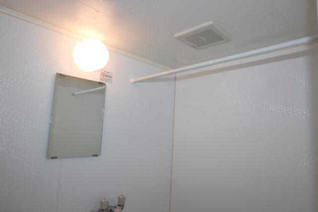 浴室物干しバー