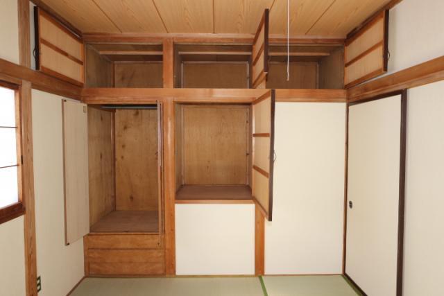 2階和室(6畳)収納