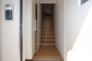 玄関ホール(居間)