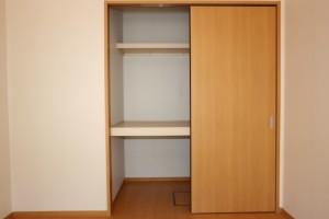 洋室(東)6.2畳収納
