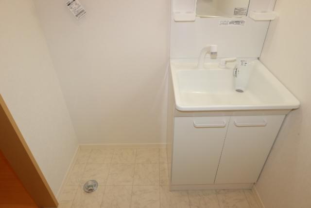洗髪洗面化粧台、洗濯機置き場