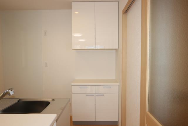 カップボード(食器戸棚)