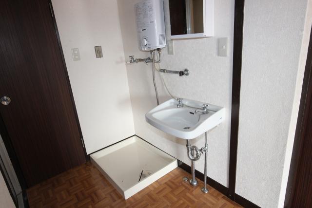 洗面所、洗濯機置き場