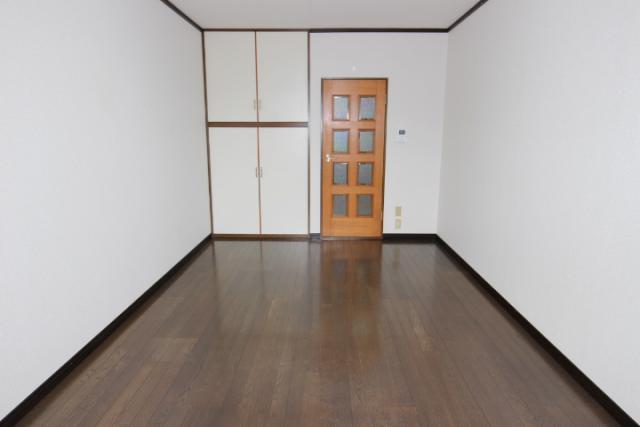 洋室(7畳)