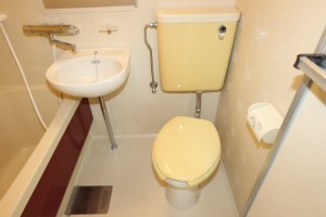 トイレ(居間)