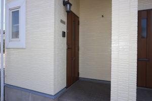 玄関(1階)