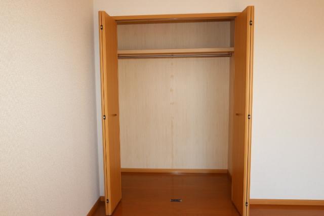 洋室南(3階)収納