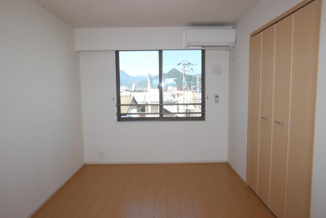 洋室(6.0畳)、2台目エアコン