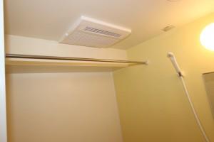 浴室乾燥機、物干しバー