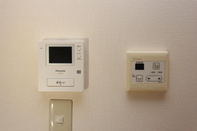 テレビドアフォン、給湯器リモコン