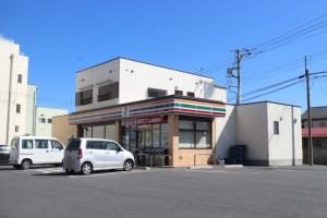 セブンイレブン沼田東原新町店 490m