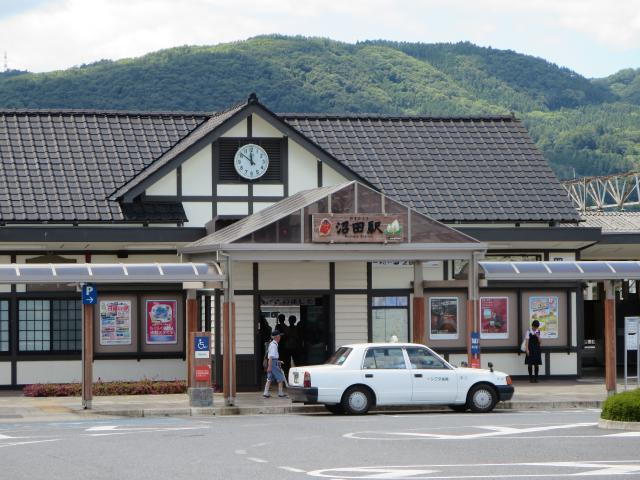 JR沼田駅 1,100m
