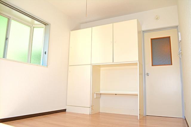 洋室6畳収納